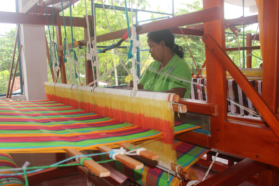 handloom-production